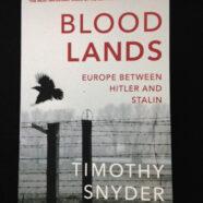 Snyder T., Blood Lands